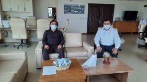 Sağlık-Sen Adana Şube Başkanı Bekir Nennioğlu  kahraman doktoru ziyaret etti.